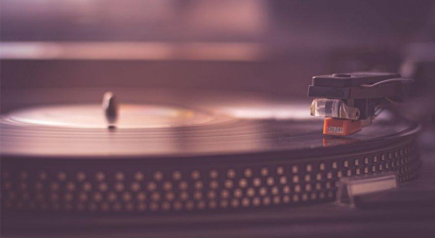 ¿Vale la pena escuchar música en vinilo?