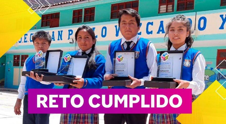 Estudiantes obtuvieron premio a la excelencia