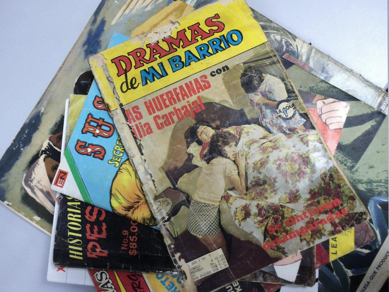 """""""Dramas de mi Barrio"""" de editorial """"La foca"""" es una fotonovela que retrata situaciones dramáticas, un poco exageradas."""
