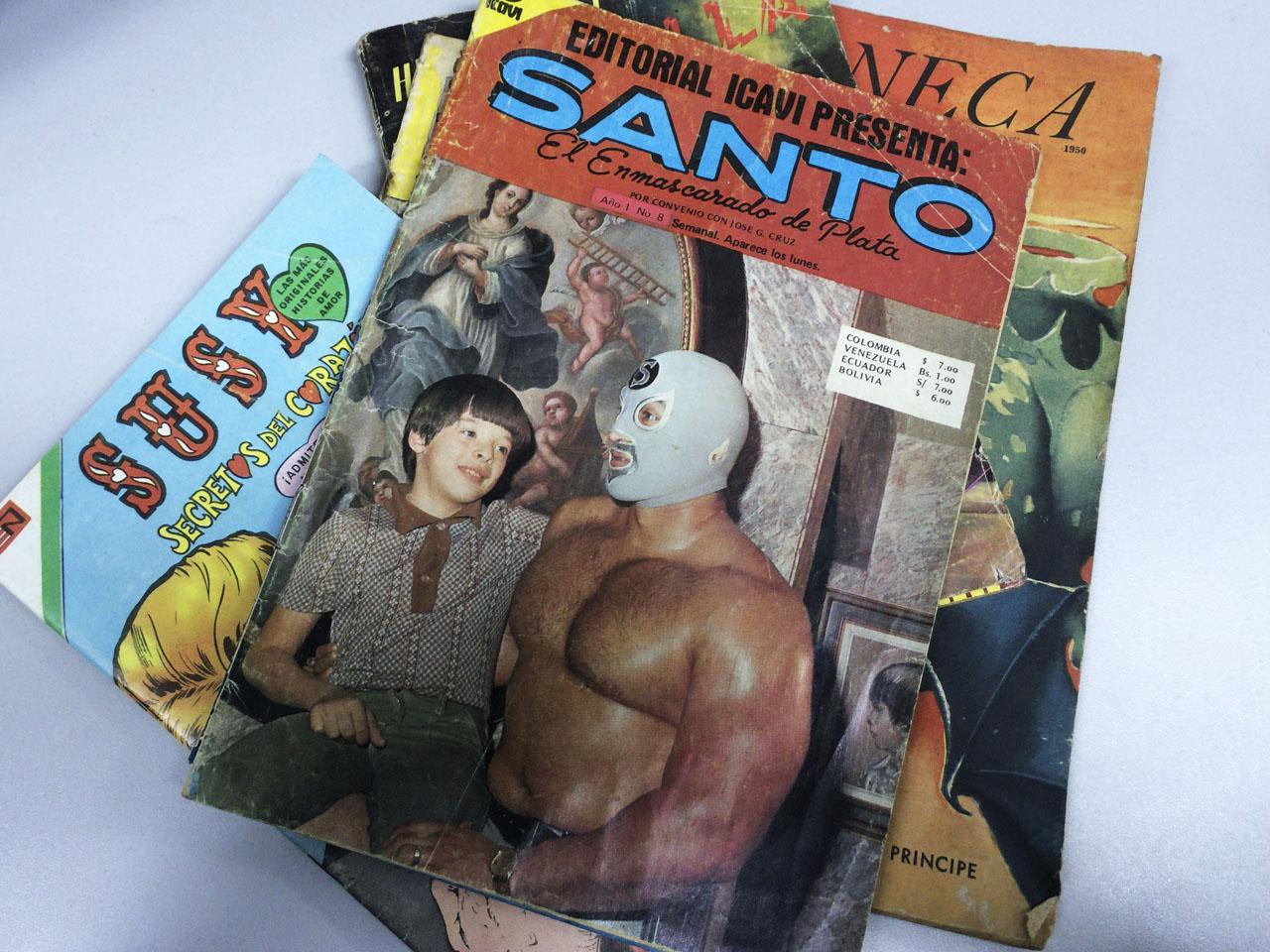 """""""Santo, el enmascarado de plata"""", es uno de los luchadores más famosos de México. En esta fotonovela, se retratan sus aventuras en su faceta de superhéroe."""